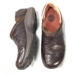 Merrell Brown Leather Slip On Primo Patch Clogs 8